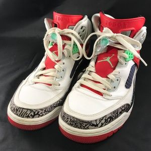 new styles efe75 0925e Nike Shoes - Nike Air Jordan Spizike White Poison Green Size 10